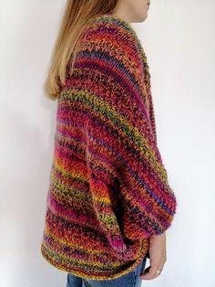 Knit a cozy soul warmer and knitting knit knitting crochet diy Baby Knitting Patterns, Free Knitting, Free Crochet, Crochet Patterns, Knit Crochet, Crochet Shrugs, Simple Crochet, Knitting Ideas, Textiles