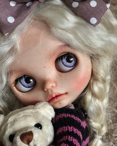 89 отметок «Нравится», 3 комментариев — A.M.dolls  Custom dolls (@a.m.dolls) в Instagram: «Hello I'm for adoption. Vivianne❤️#annamdolls  #blythe #blythedoll #customblythe #customblythedoll…»