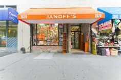 View Janoff's Typewriter and Stationery on Amigoshop