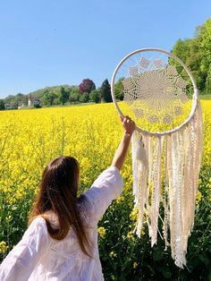 Dreamcatchers. Custom Orders. www.muak.ch - Muak Bohemian Style Boho, Bohemian Style, Homemade Quilts, Dreamcatchers, Art Projects, Crafty, Handmade, Home, Ghosts