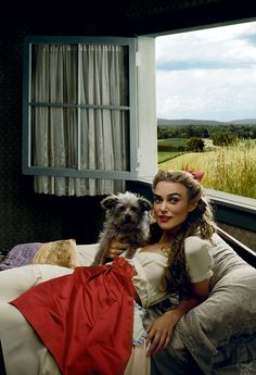 Keira Knightley, as Dorothy Gale, with Toto, too = Vogue by Annie Leibovitz,  / Dec. 2005