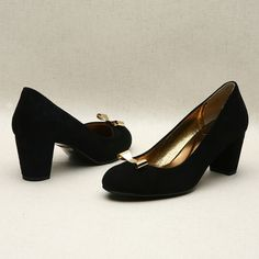 Black low pumps with ribbon by Kyumbie #cuteshoes
