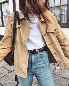 10 Extra Cool Spring Outfit Ideas for Imitating ASAP - outfit Ideen - Fashion Outfits Vintage Summer Outfits, Spring Outfits, Autumn Outfits, Vintage Style Outfits, Cold Spring Outfit, Vintage Clothing Styles, Spring Ootd, Outfit Summer, Look Fashion