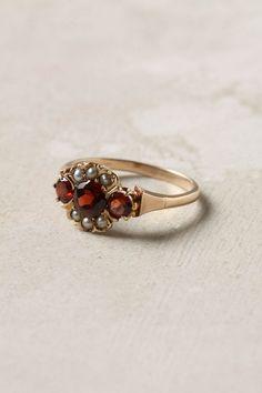 Triple Garnet Ring with Pearls Garnet Jewelry, Garnet Rings, Pearl Jewelry, Indian Jewelry, Gold Jewelry, Jewelry Box, Jewelry Rings, Jewlery, Antique Rings