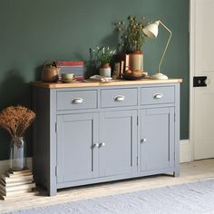 Florence Grey Large Sideboard - The Cotswold Company Large Sideboard, Sideboards Living Room, Country Style Dining Room, Dining Room Furniture, Dining Furniture, Shabby Furniture, Coastal Dining Room, Country Sideboard, Sideboard Designs