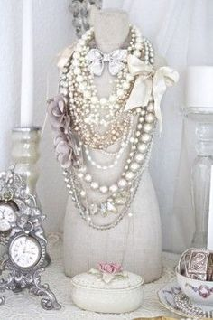 Pearls, vintage and bows...oh my!