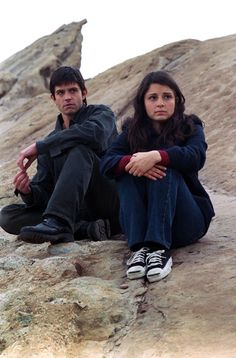 Roswell, I was so about this show back in the day for the whole season or two it was on! @Rebekah Voelker
