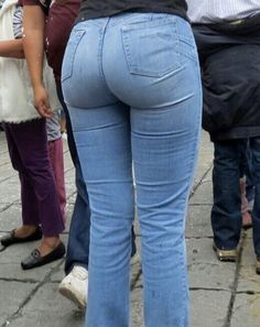 Hot Pants, Jeans Pants, Denim Jeans, Sexy Jeans, Girls Jeans, Denim Fashion, Pants For Women, Tights, Nice