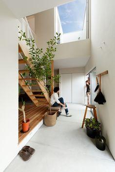 テーマは趣味と生活が寄り添い合う家。 – D'S STYLE(ディーズスタイル) Room Interior, Home Interior Design, Interior Architecture, Interior And Exterior, Minimal House Design, Japanese Style House, 3d Home, Space Interiors, Japanese Interior