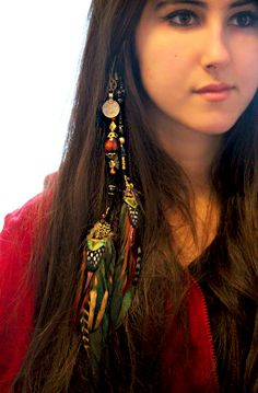 Extra long vbd feather hair clip 35 verablack com featherhairextension f clip extra feather featherhairextension hair long vbd verablackcom rasta braids wraps rasta braids wraps grosser dreadlocks ratgeber erstellung pflege und tipps womz Feather Hair Pieces, Feather Hair Clips, Feather Jewelry, Feather Earrings, Hair Jewelry, Hair Feathers, Feather Headpiece, Jewellery, Feathered Hairstyles