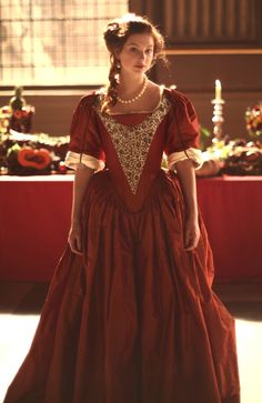 mademoisellelapiquante: Antonia Clarke as Frances Stewart in The Great Fire - 2014