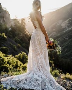 Lace beach wedding dresses feature light fabrics, perfect for a ceremony in the sand.These 15 dresses are sure to give you some inspiration. Outdoor Wedding Dress, Lace Beach Wedding Dress, V Neck Wedding Dress, Rustic Wedding Dresses, Luxury Wedding Dress, Wedding Dresses Plus Size, Wedding Dress Shopping, Princess Wedding Dresses, Modest Wedding Dresses