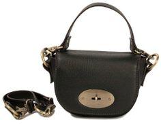 Exigua borsa a mano e tracolla in pelle color nero prodotta in Italia di Guglielmo Musitelli, http://www.amazon.it/dp/B00GO45ESO/ref=cm_sw_r_pi_dp_3lW0sb0JAM0HW