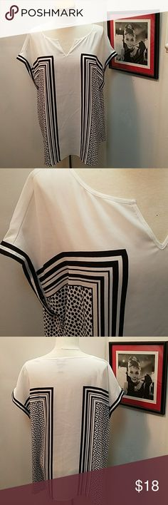 Chicos 3 White and Black Top Chicos 3 White and Black V-Neck Top in great condition. Chico's Tops