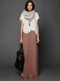maxi skirt, loose tee, long necklace, and a big infinity scarf!