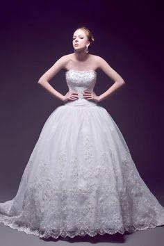 Corset Back detailed Vintage Bubble Multi-layered Wedding Dress