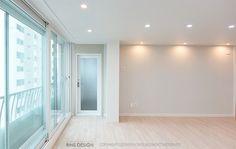 [구로인테리어]구로 구일 우성아파트 43평 리모델링 - 오래된 아파트도 새집처럼! 심플 화이트 인테리어, 안방 가벽 드레스룸 : 네이버 블로그 Closet, Home Decor, Armoire, Decoration Home, Room Decor, Closets, Cupboard, Wardrobes, Home Interior Design