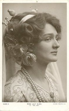 British Actress Lily Elsie 1886-1962 and her wonderful Hairdos