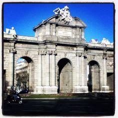 Puerta de Alcalá, Madrid (Spain) #quebonitaesmiciudad