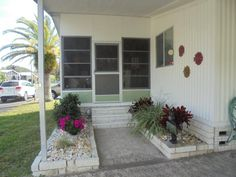 1983 PALM HARBOR Mobile / Manufactured Home in New Port Richey, FL via MHVillage.com