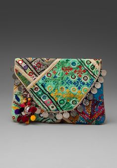 ANTIK BATIK clutch  ♥ this clutch