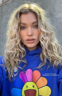 Haircuts For Long Hair, Permed Hairstyles, Cool Hairstyles, Curly Hair Styles, Natural Hair Styles, Elsa Hosk, Dye My Hair, Good Hair Day, Osho
