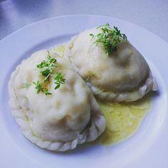 Kärntner Nudeln Mashed Potatoes, Ethnic Recipes, Food, Food And Drinks, Food Food, Whipped Potatoes, Smash Potatoes, Essen, Meals