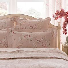 Complete with a pink floral peacock design and embroidered detail, this indulgent Dorma cushion has a duck feather filling and scalloped edge. This lavish cushi. Blush Cushions, Linen Bedding, Bed Linen, Peacock Design, Bed Pillows, Pillow Cases, Blanket, Luxury, Furniture