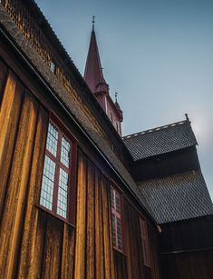 One of the biggest stavkirker and Ringebu stavkirke was build around year 1200 Denmark, My Photos, Cabin, Landscape, House Styles, Building, Home Decor, National Forest, Decoration Home