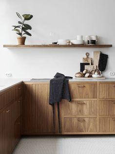 Marimekko Ystävämyynti 2018 Kitchen Interior, Interior And Exterior, Interior Design, Nordic Design, Marimekko, House Plans, New Homes, Cabinet, Storage