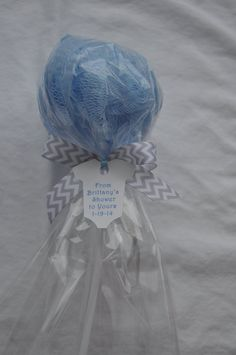 Blue and Gray Chevron Ready to Pop Baby Shower Favor Bath Puff Lollipop with Tag Baby Shower Gift Bags, Unique Baby Shower Favors, Baby Shower Games, Baby Shower Parties, Shower Party, Bridal Shower, Girl Spa Party, Party Party, Party Favors