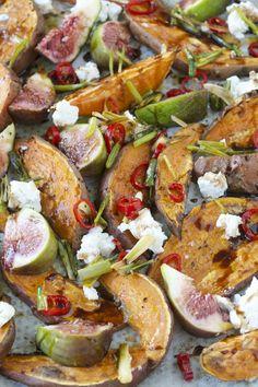 Feigen und Süßkartoffeln vom Blech