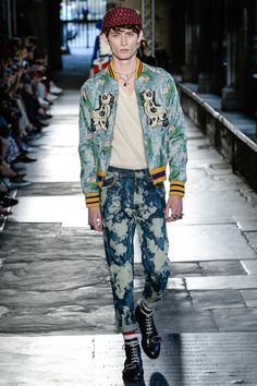 Gucci Resort 2017 Fashion Show - Rory Parnell-Mooney