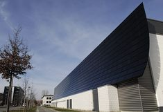 solar / photovoltaic › solar modules merge with architecture