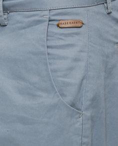 GAZO ICE Men Trousers, Trouser Pants, Denim Jeans Men, Polo T Shirts, Jeans Style, Menswear, Label, Summer Shorts, Mens Boardshorts