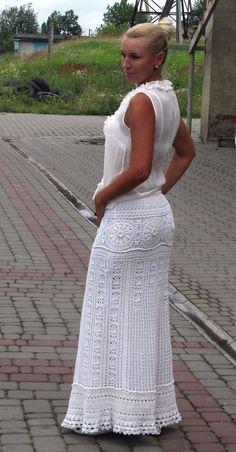 Beautiful white maxi skirt long skirt for summer by TaramayKnit