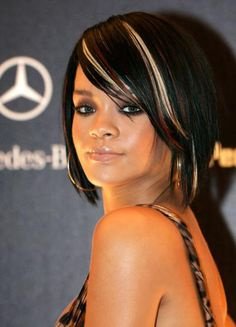 black hair bobs.  blonde and fiery red streaks throughout the front of her jet black hair. Black Hair With Blonde Highlights, Black With Blonde Highlights, Hair Color For Black Hair, Hair Highlights, Red Streaks, White Blonde, Dark Hair, Black Bob Hairstyles, Short Hairstyles For Women