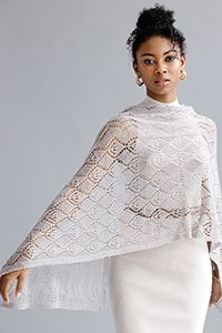 A merino/silk blend is the perfect medium; garter stitch edges (with the first stitch of every row slipped) ensure perfect draping. Knitting Designs, Knitting Patterns, Vogue Knitting, Lace Wrap, Lace Scarf, Early Fall, Garter Stitch, Crochet Fashion, Stitch Markers