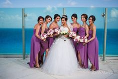 bride and her entourage, beach palace cancun bride