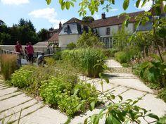 Création du jardin de l'ancien collège à Sézanne (51) - Prix d'argent aux Victoires du Paysage 2014 - - Principales références - Savart Paysage