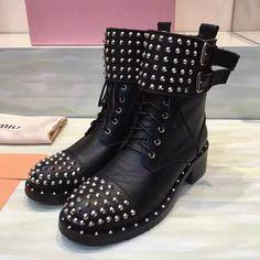 2016 Fashion Women Newest  Famous Lace up Boots  Lady Genuine Leather High end Punk Rivets Shoes Woman Hot Sale Botas Femininas