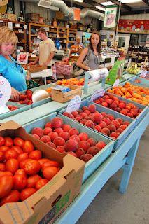 The Fruit Bowl Stockton California, I Love Food, Farmers Market, Wine Recipes, Sweet Treats, San, Fruit, Vegetables, Garden