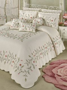 The flowers and leaves on the Pretty Posy Oversized Quilted Bedspread look delicate yet elegant. Grande bedspread is cotton and features a vining floral motif.Shop Touch of Class for elegant bedspreads, comforters, and more with coordinating pillows Elegant Comforter Sets, Luxury Bedding Sets, Bed Cover Design, Bed Design, Draps Design, Designer Bed Sheets, California King Bedding, Natural Bedding, Bedding Sets Online