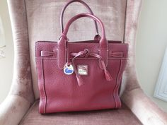 DOONEY BOURKE Handbag Tote Pebbled Leather Burgundy XNICE Footed Durable #J62442 #DooneyBourke #TotesShoppers