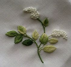 Wonderful Ribbon Embroidery Flowers by Hand Ideas. Enchanting Ribbon Embroidery Flowers by Hand Ideas. French Knot Embroidery, Embroidery Leaf, Hand Embroidery Stitches, Silk Ribbon Embroidery, Hand Embroidery Designs, Embroidery Techniques, Cross Stitch Embroidery, Embroidery Tattoo, Embroidery Supplies
