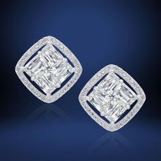 Diamond Stud Earrings For Everyday lot Gold Jewellery Exchange Rate. Diamond Earrings Buying Guide a Diamond Earrings Sale India Solitaire Earrings, Diamond Earrings, Diamond Jewellery, Jewellery Box, Gemstone Necklace, Aquamarine Jewelry, Jewellery Shops, Jewellery Designs, Fashion Jewellery