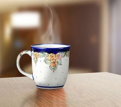 Classic mug. Unique decoration number DU83. Hand-painted and signed by the artist.