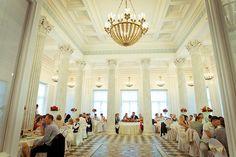 Grand Hall du Pavillon Belvédère - Parc Lugovoï - Peterhof - Construit à la demande de Nicolas Ier de 1852 à 1856 par l'architecte Andreï Stackenschneider.
