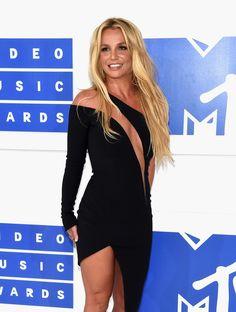 W Nowym Jorku po raz kolejny nagrodzono największe gwiazdy muzyki na gali MTV…