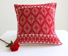 Beautiful hand #embroidered #cushion covers made in #Chiapas   #pillow #mexican #mexicantextiles #embroidered #embroidery #boho #cozy #folk #folklorico #gypsy #casamexicana #decor #homedecor #decoration #ethnic #indigenous #Chiapas #FridaKahlo #folkart